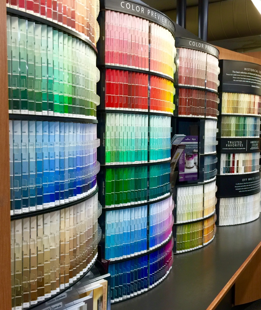 Over 3,000 colorways! Enough to set the head spinning!